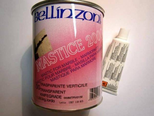 MASTIK 2000 - polyester. tmel, farba: transparentná, 1,05 kg