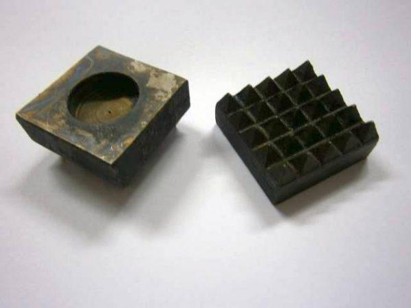 Násada do štokovacieho kladiva-ručného, 35 x 35 mm, 25 Z
